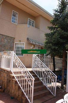 Chalet pareado de 4 habitaciones,2 ba�os,1 aseo,sin amueblar