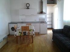 Apartamento loft, 1 habitaci�n, gastos incluidos.