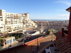 Apartamento las Colinas con vistas al mar