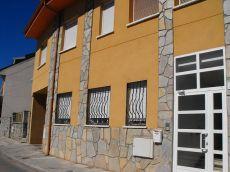 Piso sin amueblar de 2 habitaciones, 1 ba�o, garaje