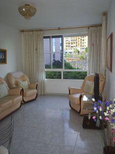 Zona mercado, 2 dormitorios, balc�n, ascensor, garaje