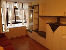 Comodo apartamento exterior amueblado de una habitaci�n.