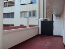 Manresa. Zona Passeig. 2 hab. Calefacci�n terraza
