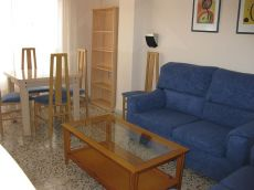 Se alquila piso 3 habitaciones amueblado Almeria capital