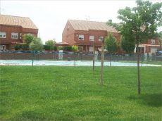 Chalet se�orio con piscina