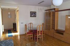 Apartamento c�ntrico, muy amplio