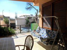 Chalet amueblado con piscina en barrio peral
