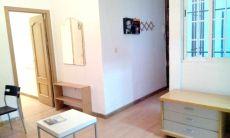 Estupendo piso para pareja en Vallecas