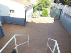 Alquiler casa con terraza de 60m2