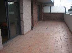 Vic alquiler pisio tres habitaciones,gran terraza,plaza parq