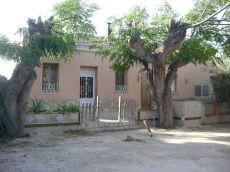 Amplia casa con patio