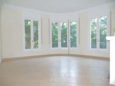Piso en alquiler de 110 m2 sin amueblar. 3 habitaciones.