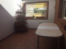 Casa de 180 m2, 6 habitaciones, 3 ba�os, terraza , garaje