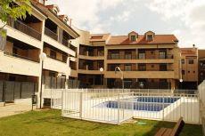 Duplex precioso con piscina en urb privada y terraza acrista