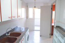 D�plex de 3 habitaciones en Avda. Mar�a Cristina, tarragona