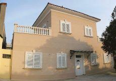 Casa Singular amplia en Gava. Junto renfe y Rambla
