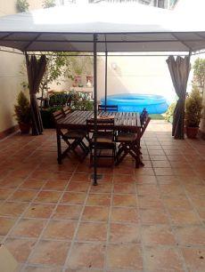 Casa seminueva con patio y sol�rium en ca n'oriol
