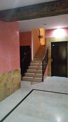 Piso amplio de 2 dormitorios en centro historico de zaragoza