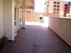 Apartamento con patio de 80m2