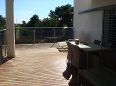 Casa amueblada de 5 dormitorios con piscina comunitaria