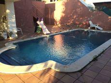 Can Font Casa con piscina