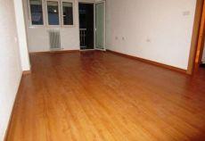 Hermoso piso sin muebles junto a plaza de gracia
