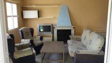 Casa adosada con o sin muebles en buena zona de gines