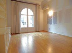 Piso en alquiler de 110 m2 semi amueblado. 3 habitaciones