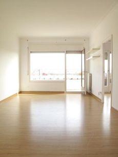 �tico de 3 habitaciones con terraza en Eixample Esquerra