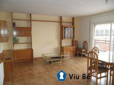 Piso actualizado de 4 habitaciones en Sant Pere