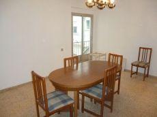 Piso de 4 habitaciones en zona Nou Moles. Navarro Cabanes