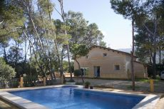 Magnifica finca r�stica de 4000 m2 con piscina.