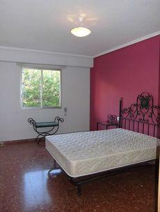 Alquiler piso 4 habitaciones vacio en Patraix Valencia