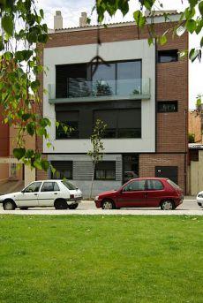 Amueblado 2 hab amplia terraza en area olimpica terrassa