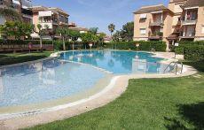 Alquiler piso con piscina y jardin en Campolivar