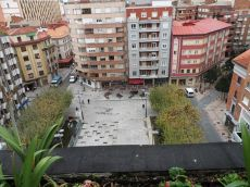 Plaza las cortes piso amueblado con terraza