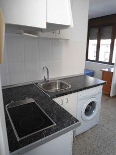 Peque�o piso de 1Hab. Centrico por 350 euros