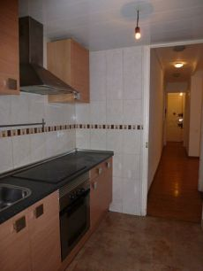 Amplio piso de 2 habitaciones en Raval