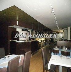 Magnifico restaurante instalado amplia terraza