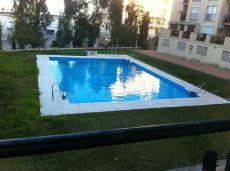 Piso con garaje y piscina en los �lamos, Torremolinos.
