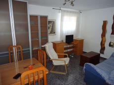Piso de dos dormitorios 550 Metro la Elipa