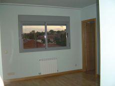 Atico pozuelo 1 dormitorio, trastero, cocina, salon comedor