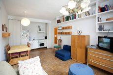 Apartamento amplio y soleado en el coraz�n de azca. Amueblad