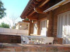 Casa individual de 250 m2, 4 habitaciones