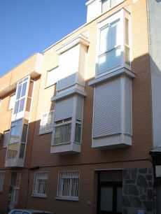 Bonito apartamento muy econ�mico en Calle Monte Perdido