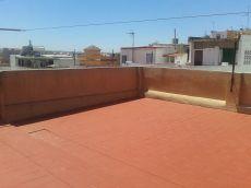 Amplia casa de 4 dormitorios con azotea en zona Torresoto