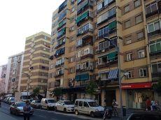 Piso de 2 dormitorios amueblado zona calle la uni�n