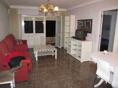 Amplio piso amueblado con calefacci�n central Delicias