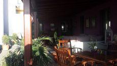 Alquiler de bonita casa de 1 hab. , terraza cubierta.