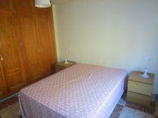 Piso de 1 dormitorio en la barriada de Las Flores.